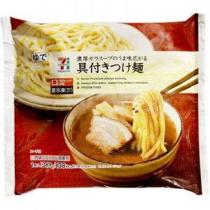 コンビニの人気冷凍食品「具付きつけ麺」