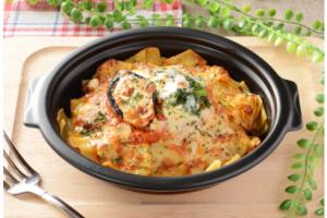 コンビニで買えるパスタ人気ランキング【10選】ローソン 焼生パスタ トマトチーズソースのラザーニャ