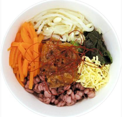 ファミリーマートで買える夜食人気ランキング「ユッケジャン風雑穀スープ」