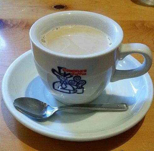 コメダ珈琲店の飲み物人気メニューのミルクコーヒー