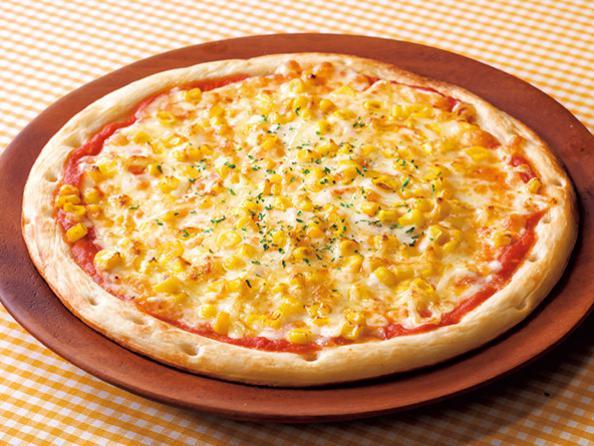 ガストのお食事人気メニューのマヨコーンピザ