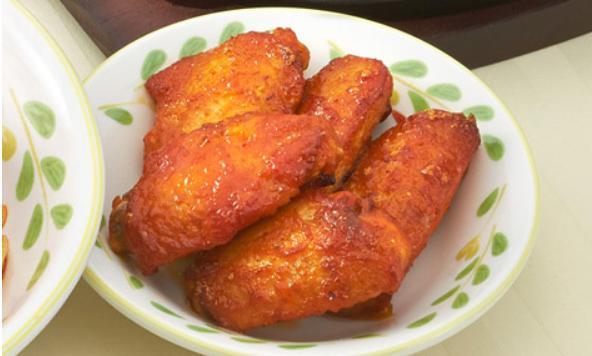 サイゼリアの人気お食事メニューの辛味チキン