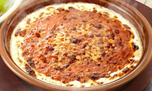 サイゼリアのお食事人気メニューのミラノ風ドリア