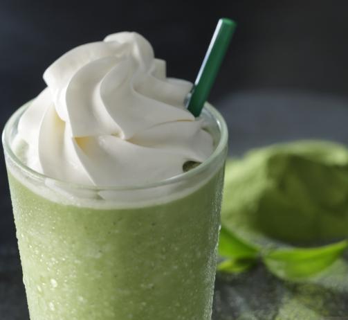スターバックスの人気メニューの抹茶クリームフラペチーノ